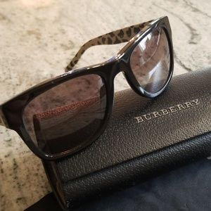 Burberry, Sunglasses